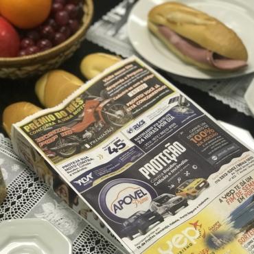 Franquia de propaganda em saco de pão sorteia o maior prêmio já entregue pela rede beneficiando seus consumidores